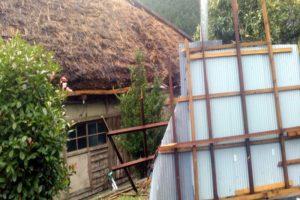 飛ばされた北面の屋根