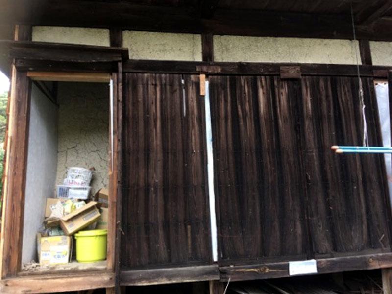 台風15号で飛ばされた木戸